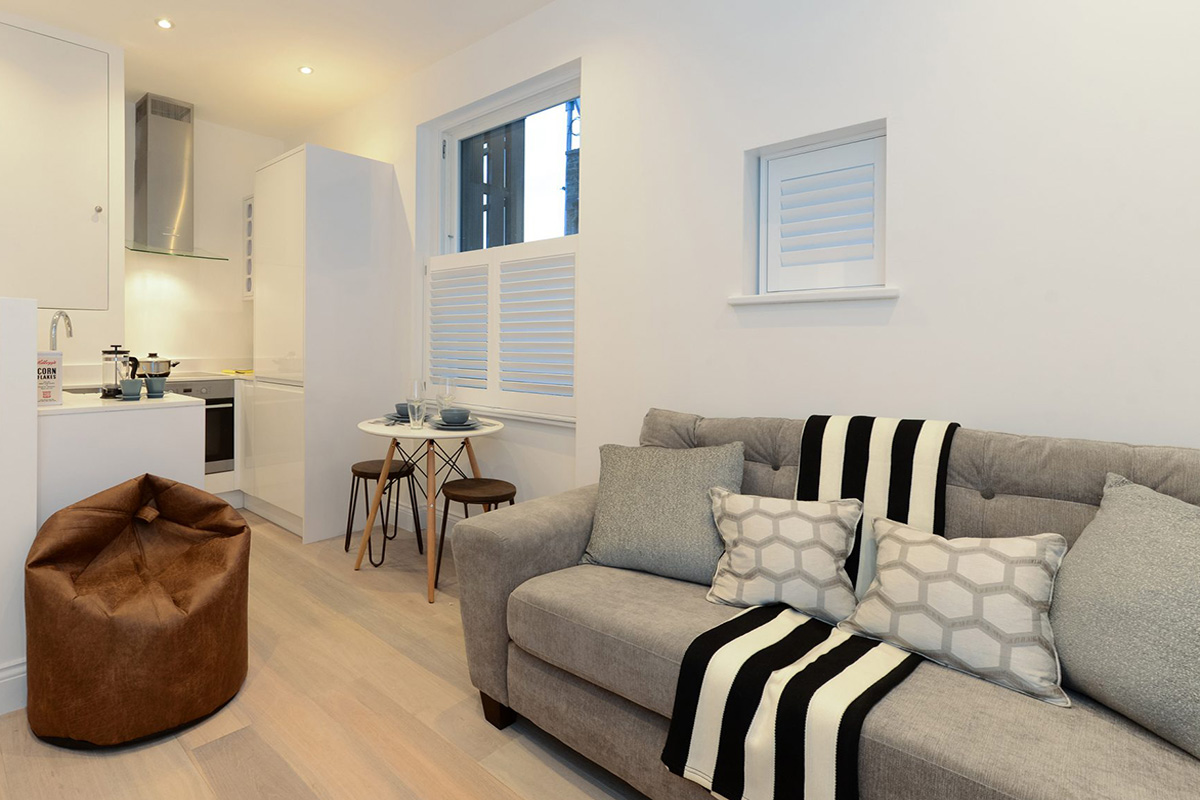 Cafe Style Shutters in the Living Room