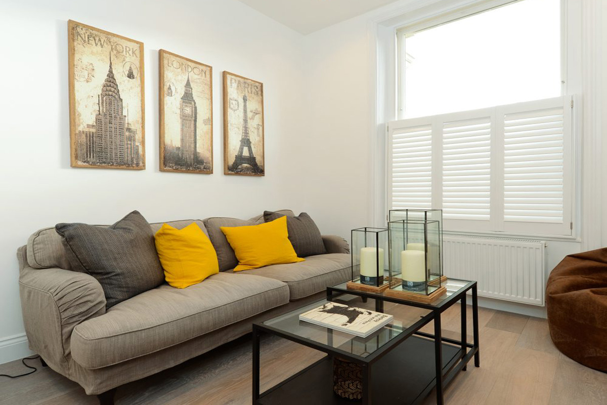 Cafe Style and Full Height Shutters in the Living Room