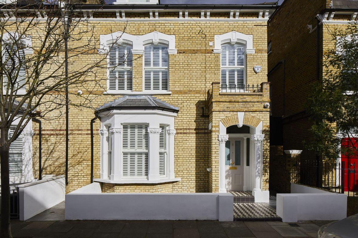 House Exterior by Plantation Shutters Ltd