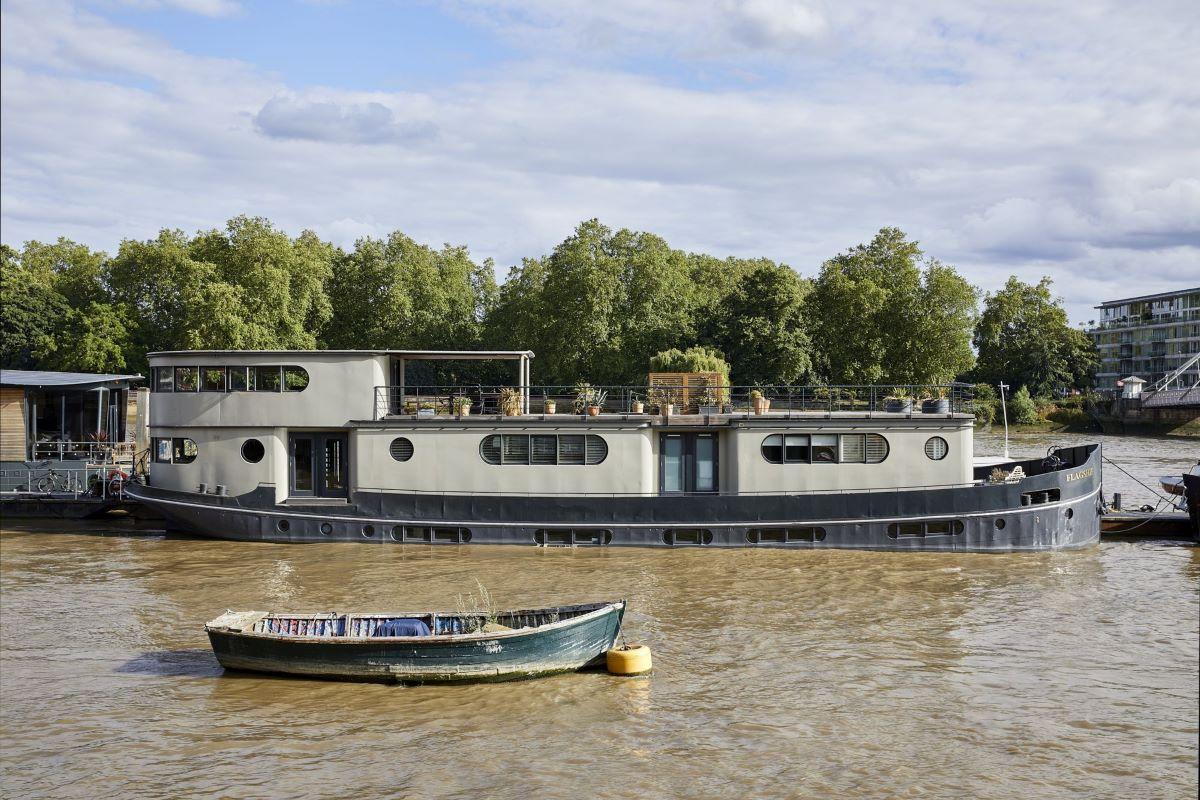 Houseboat from Plantation Shutters Ltd.jpg